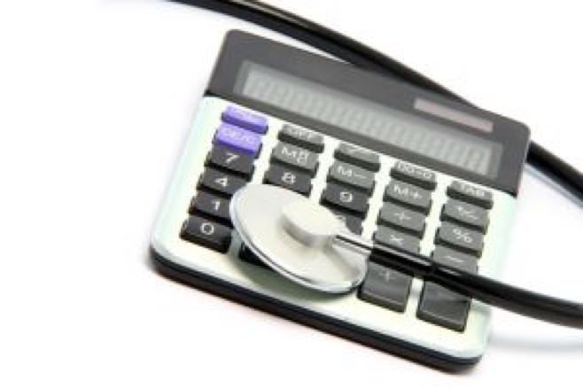 1004851_calculator_stethoscope.jpg